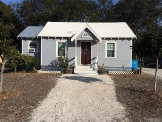 Nana's Beach Cottage - Tybee Island vacation rentals