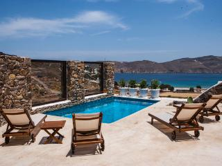 Mykonos Panormos - 2BD Private Pool Villa - Kalafatis vacation rentals
