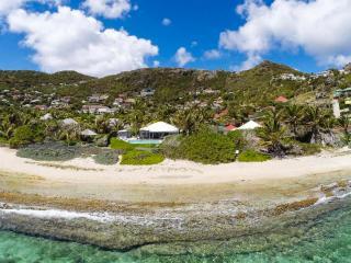 Extraordinary 2 Bedroom Villa in Anse des Cayes - Anse Des Cayes vacation rentals