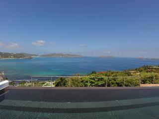 Amazing 3 Bedroom Villa in Pointe Milou - Pointe Milou vacation rentals