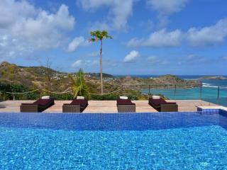 Magnificent 3 Bedroom Villa with Ocean View in Petit Cul de Sac - Petit Cul de Sac vacation rentals