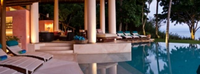 Glorious 5 Bedroom Beach Home in Punta Mita - Image 1 - Punta de Mita - rentals