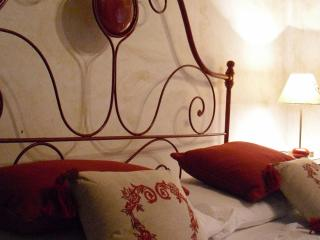 Charming house in the heart of a medieval village - Vittorito vacation rentals