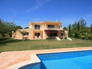 Fonte Santa 32 - Quarteira vacation rentals