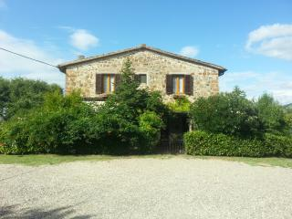 Typical Tuscan countryhouse in Chianti, Italy - Tavarnelle Val di Pesa vacation rentals