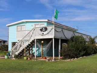 Blue Pearl~Full of Charm~Perfect Family Getaway! - Galveston vacation rentals