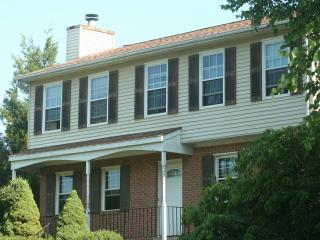 Huge 4 bedroom suburban home - Northern Virginia vacation rentals