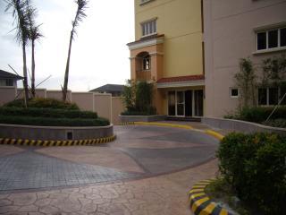 Exclusive Mckinley Hill Garden Villa - Taguig City vacation rentals