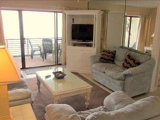 Peaceful 2 Bedroom with Pool at Gulf Gate - Panama City Beach vacation rentals