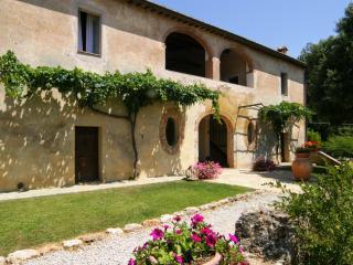 Casale Montagnola - Sovicille vacation rentals