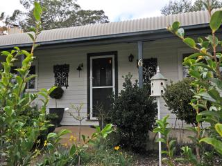 Garden Keepers Cottage - Bowral vacation rentals