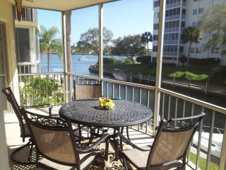 Siesta Harbour 55+ Condo with a View of Intracoast - Siesta Key vacation rentals