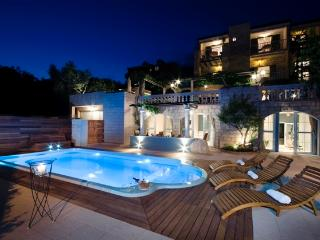 Luxury Apartment Villa  Tomas with swiming pool - Tucepi vacation rentals