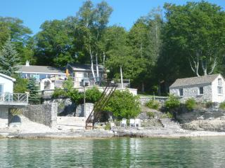 Lakefront  Bruce Peninsula, Ontario, Canada - Lion's Head vacation rentals