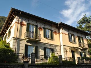 VILLA ORTENSIA - lake view apartment - Limonta vacation rentals