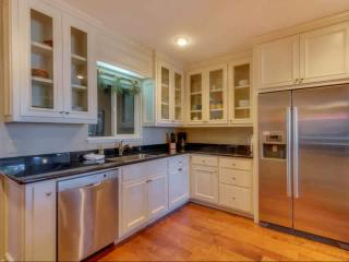 Updated Dollar Point home w/ views, hot tub, wifi - Tahoe City vacation rentals