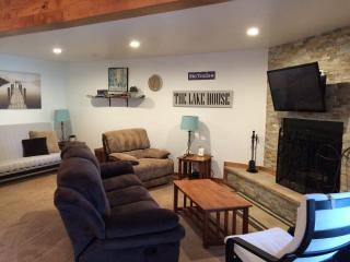 Newly updated Lake Tahoe condo-sleeps 6! - South Lake Tahoe vacation rentals