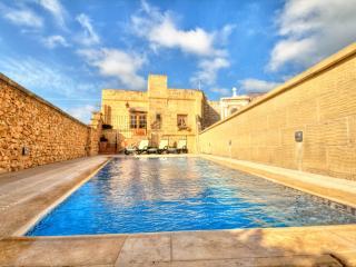 Iz-Zebbuga - Xaghra vacation rentals