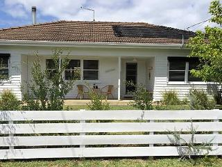 Barwon Beach Shack - Geelong vacation rentals