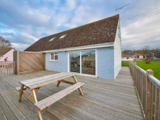 Greyshank Cottage 1 - Greyshank Cottage 1 located in Seaview, Isle Of Wight - Isle of Wight vacation rentals