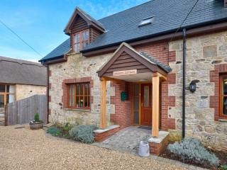 Meadow Cottage located in Totland, Isle Of Wight - Totland vacation rentals