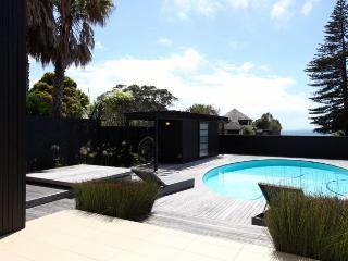 Modern Beach House - North Shore City vacation rentals