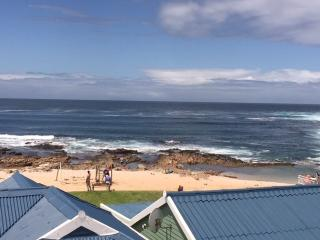 Barefoot Lodge Mossel Bay - Mossel Bay vacation rentals