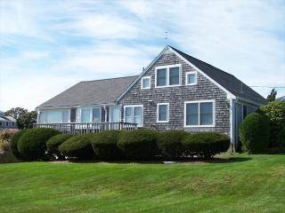 Charming riverside home with dock on Herring Rive 125514 - West Harwich vacation rentals