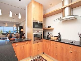 Summer Place - 3 bedroom in heart of Camps Bay - Camps Bay vacation rentals