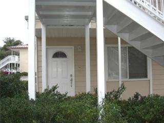 Elegant, Cozy , 1 BR Biloxi Condo Steps from Beach - Biloxi vacation rentals