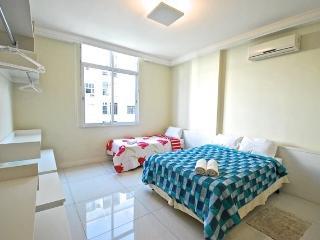 1 bedroom apt in Copa Remodeled - FraSa88 - Rio de Janeiro vacation rentals