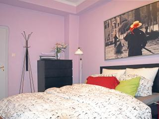 1BD in Kolonaki. Near American or British Schools - Athens vacation rentals