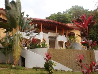 Ocean view, Pool & Jacuzzi WOW! - Manuel Antonio National Park vacation rentals
