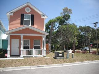 2 BLOCKS FROM THE BEACH!! Steps to the ocean!! - Myrtle Beach - Grand Strand Area vacation rentals