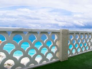 Amazing 360' view Pent House  Cancun - Cancun vacation rentals