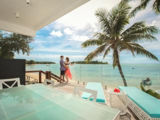 Crystal Blue Lagoon Villas - Muri vacation rentals