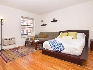 GREAT STUDIO IN MURRAY HILL - NYC E.32nd St - New York City vacation rentals
