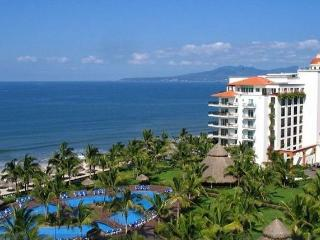 LUXURY PENTHOUSE OCEAN FRONT - Nuevo Vallarta vacation rentals
