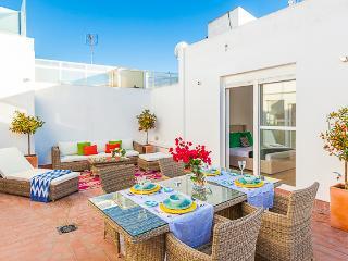 Sales y Ferre - Seville vacation rentals