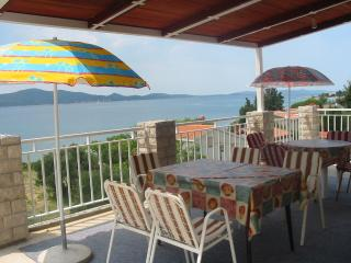 Apartment Mary 6 for 5 pax air conditioning and internet - Sveti Filip i Jakov vacation rentals