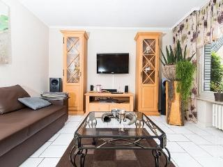 Vacation Apartment in Essen - 969 sqft, comfortable, WiFi (# 2532) - Dortmund vacation rentals