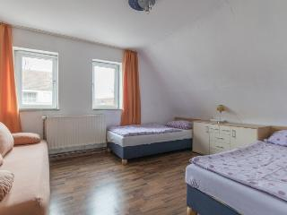ID 5631 | 4 room apartment | WiFi | Hannover - Hannover vacation rentals