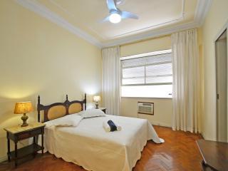 de luxe apto in copacabana - Rio de Janeiro vacation rentals