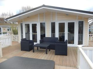 The Boathouse Lodge - Tattershall vacation rentals