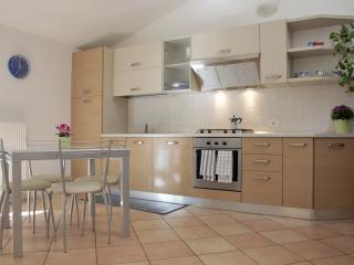 Appartamento Rugiada - Riva Del Garda vacation rentals