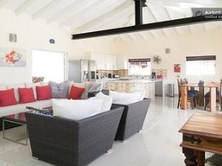 Swiss Paradise Private Villa 1 - Noord vacation rentals
