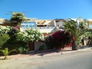 Beach Side 5 Bedrooms Luxurious Villa Ref: 1095 - Agadir vacation rentals