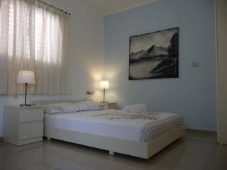 Studio in a quiet area 5 minutes walk to the sea - Netanya vacation rentals