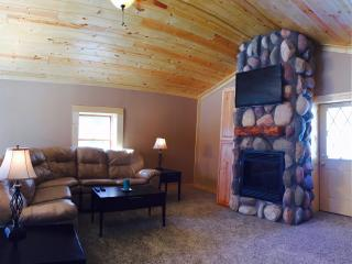 Beach access. Near Traverse city! - Traverse City vacation rentals