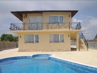 Villa Golden Crown based 500 m from Golf Course. - Balchik vacation rentals